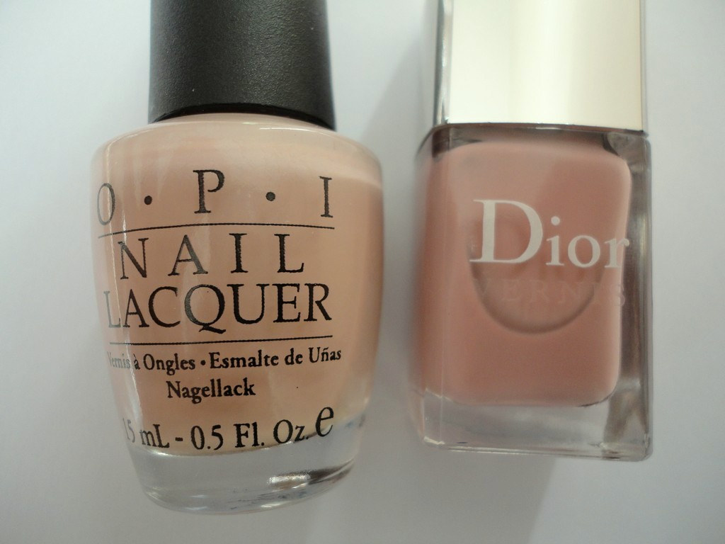 Comparison Swatches Dior Vernis Incognito Opi Tickle My France Y Dior Vernis Plaza Only You